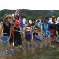 香川県-A・013-アイゼン稚魚放流-s02